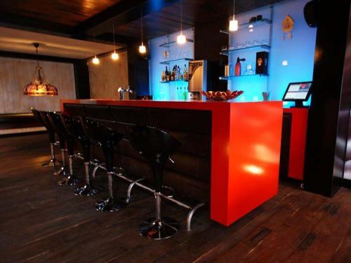 Rode bar met ledverlichting